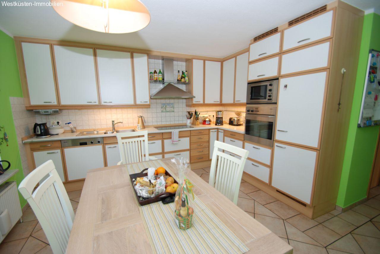 referenzen marnerdeich der neuwertige und behindertengerechte bungalow in sackgassenlage. Black Bedroom Furniture Sets. Home Design Ideas